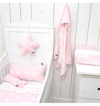 http://www.rockonbabies.com/89-large/couverture-passe-couloir-star-pinkwhite-by-baby-s-only.jpg